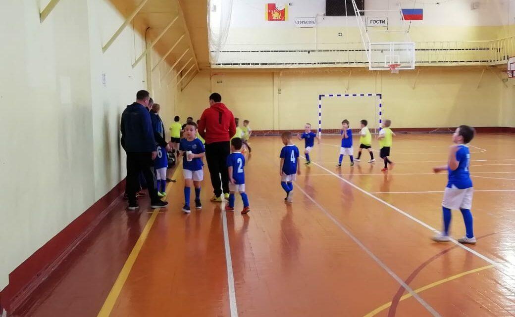 Товарищеская игра по мини-футболу среди детей